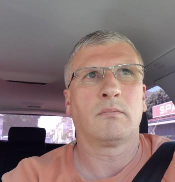Zoltán társkereső profilja
