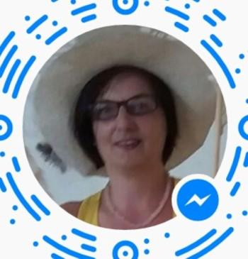 Évice társkereső profilja