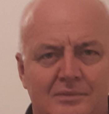 Parry társkereső profilja