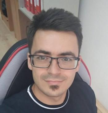 GaborT83 társkereső profilja