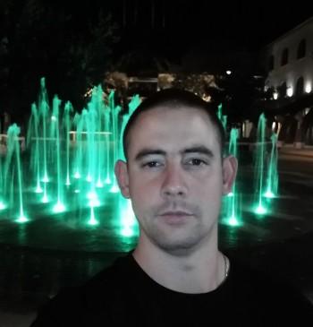 Gábor01 társkereső profilja