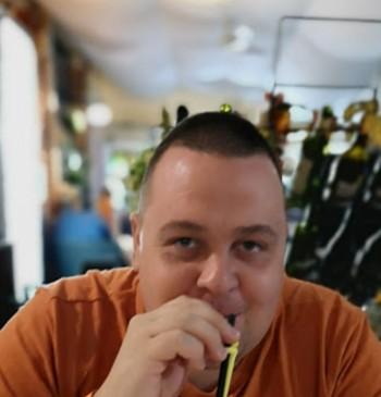 Janos társkereső profilja