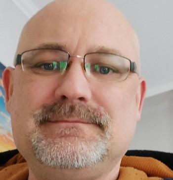 Holecz Norbert társkereső profilja