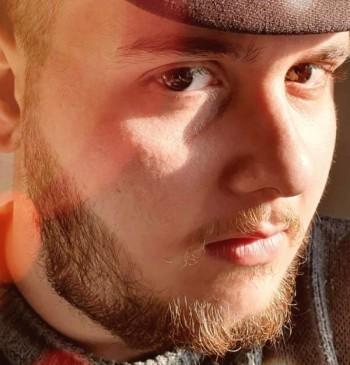 Tomi társkereső profilja