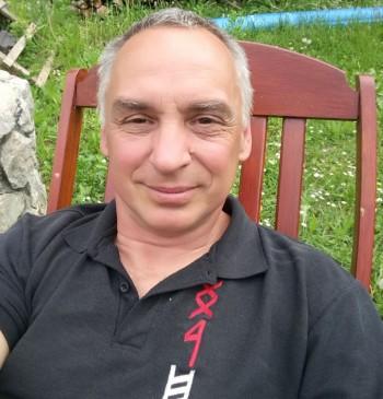 Csaba társkereső profilja