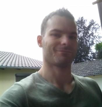 Zsolt társkereső profilja
