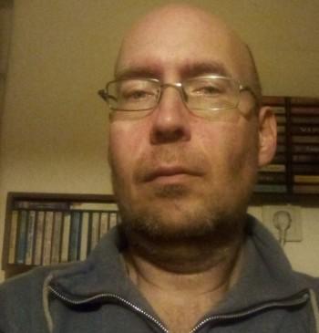 Lackó társkereső profilja