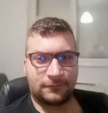 István társkereső profilja